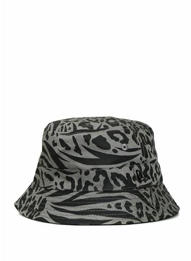 New Era New Era Reversible  Desenli Kadın Şapka 101637948 Siyah